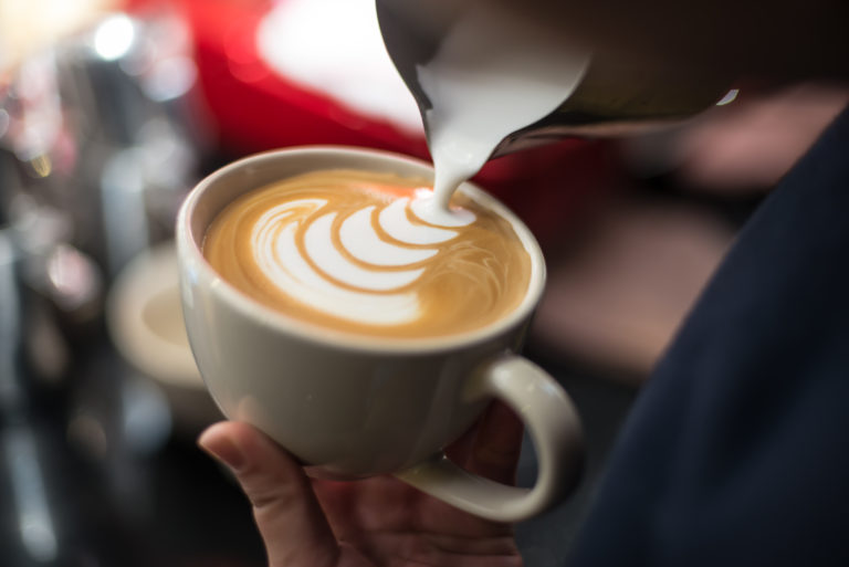 How to Choose From Frothed or Steamed Milk for the Best Coffee